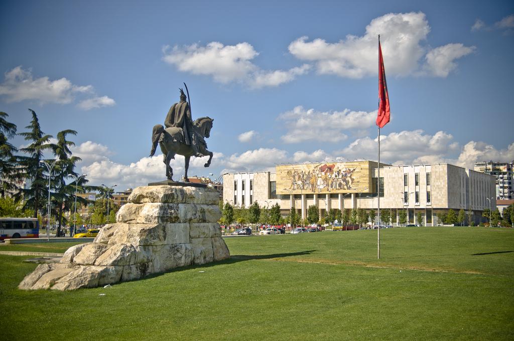 Skanderbeg-Square-Tirana